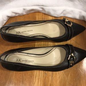 Anne Klein kitten heels